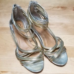 KELSI DAGGER | SILVER & GOLD STRAPPY WEDGES, 8